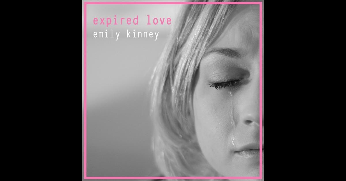 Emily Kinney itunes