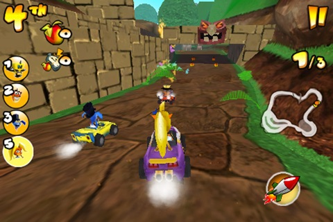 Crash Bandicoot Nitro Kart 2 screenshot 2
