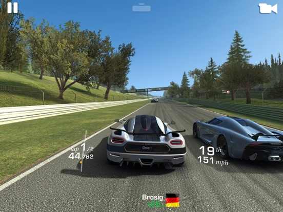 Screenshot #2 for Real Racing 3
